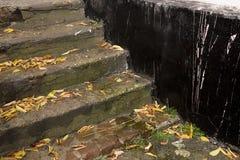Las escaleras viejas Foto de archivo