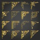 Las esquinas y las fronteras de los elementos del diseño del vintage del oro fijaron 2 ilustración del vector