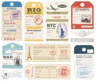 Las etiquetas del equipaje del Grunge fijaron 1 libre illustration
