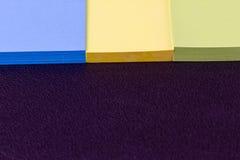 Las etiquetas engomadas coloridas Foto de archivo