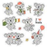 Las etiquetas engomadas grandes del sistema badges con el oso de koala lindo en diversas actitudes Amo la koala Fotos de archivo