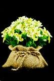 Las flores artificiales decorativas Imagen de archivo