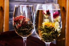Las flores hermosas en el vidrio, China Imagenes de archivo