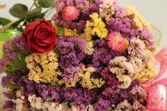 Las flores secadas y subieron Foto de archivo libre de regalías