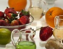 Ingredientes para los cócteles sin alcohol imagen de archivo libre de regalías
