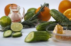 Ingredientes para los cócteles sin alcohol fotos de archivo
