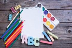 Las fuentes de escuela etiquetaron ABC Imagen de archivo