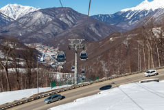 Las góndolas levantan en la estación de esquí de Rosa Khutor, Sochi, Rusia Fotografía de archivo