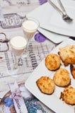 Las galletas del coco con malibu beben vida inmóvil Imágenes de archivo libres de regalías