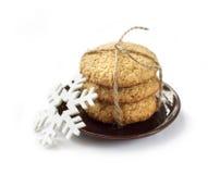 Las galletas hechas en casa de la avena cocieron por días de fiesta de los Años Nuevos Imagenes de archivo