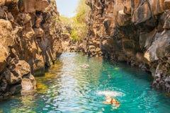 Las Grietas na Santa Cruz wyspie w Galapagos zdjęcia stock