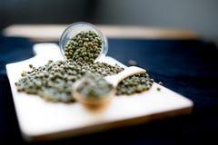 Las habas verdes son ricas en la vitamina B1 Foto de archivo libre de regalías