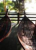 Las hamacas tailandesas balancean tradicional - bambú y rota Fotografía de archivo