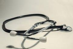 Las herramientas del trabajo del doctor Medios del control de salud humana fotografía de archivo libre de regalías