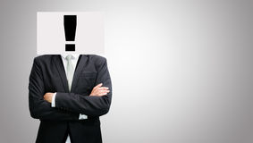 Las ideas permanentes del Libro Blanco del hombre de negocios hacen frente a llevar a cabo el frente del hea imagen de archivo libre de regalías