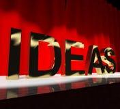 Las ideas redactan en la etapa que muestra conceptos Fotos de archivo libres de regalías