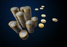 Las imágenes de monedas euro suben la tabla Foto de archivo libre de regalías