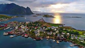 Las islas de Lofoten son un archipiélago en el condado de Nordland, Noruega fotografía de archivo libre de regalías