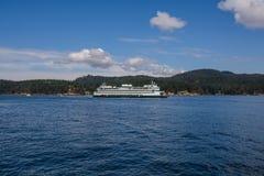 Las islas y el transbordador de alta mar Foto de archivo