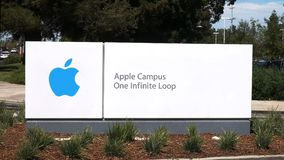 Las jefaturas corporativas de Apple firman adentro California metrajes