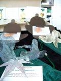 Las joyas hicieron de las hojas cubiertas con el metal precioso foto de archivo libre de regalías