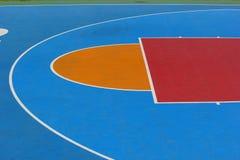 Las líneas de frente de la cancha de básquet. Fotografía de archivo libre de regalías