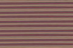 Las líneas rojas horizontales del fondo de plata beige oscuro ponen en contraste la pila baja del efecto de la textura de madera  imagenes de archivo