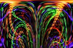 Las líneas y las curvas de color crean imágenes fantásticas imagen de archivo libre de regalías