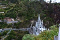Las Lajas美丽的gothical教会,在伊皮亚莱斯,哥伦比亚 免版税库存照片