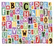 Las letras coloridas del alfabeto del vector hechas del collage del texto del papel del ABC de la fuente de la revista del periód stock de ilustración