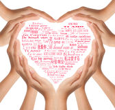 Las manos hacen dimensión de una variable del corazón Fotografía de archivo libre de regalías