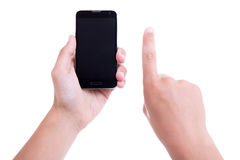Las manos masculinas usando el teléfono elegante móvil con la pantalla en blanco aislaron o fotografía de archivo libre de regalías