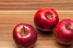 Las manzanas 'golden delicious' se cierran para arriba Fotografía de archivo libre de regalías