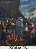 las 10mas estaciones de la cruz, Jesús se pelan de su ropa Foto de archivo libre de regalías