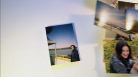 Las memorias de Phot vuelan lejos del collage en el fondo blanco desaparecen almacen de metraje de vídeo