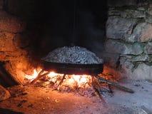 Las MERCANCÍAS DE COCINAR tradicionales, supuesto ` de GASTRA de Epirus, Grecia fotos de archivo libres de regalías