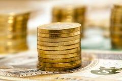 Las monedas polacas se cierran para arriba Fotografía de archivo