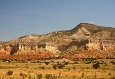 Las montañas acercan al rancho del fantasma Imagenes de archivo