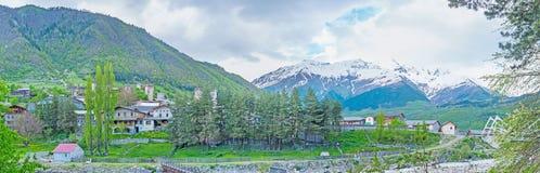 Las montañas alrededor de Mestia foto de archivo libre de regalías