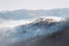 Las montañas de Apennines, Italia Foto de archivo