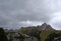Las montañas de Dolomiti Foto de archivo libre de regalías