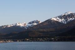 Las montañas de Juneau Foto de archivo libre de regalías