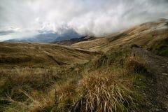 Las montañas de Toscana, paraíso están después VI Fotos de archivo