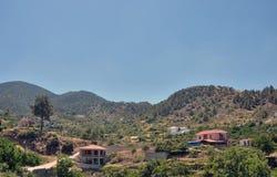 Las montañas de Troodos El pueblo de Kakopetria Fotografía de archivo libre de regalías