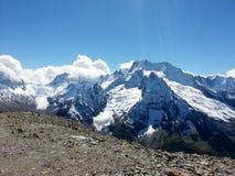 Las montañas del Cáucaso 4 Imágenes de archivo libres de regalías
