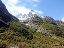 Las montañas del Cáucaso 8 Foto de archivo libre de regalías