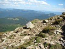 Las montañas en los Cárpatos Fotos de archivo libres de regalías