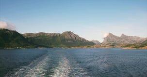 Las montañas y el paisaje del mar en Noruega viajan en transbordador metrajes