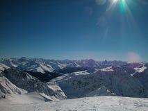 Las montan@as vistas de Davos, Suiza Imagenes de archivo