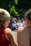 Las muchachas mueven hacia atrás Fotografía de archivo libre de regalías